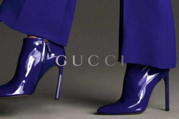 sapatos roxos