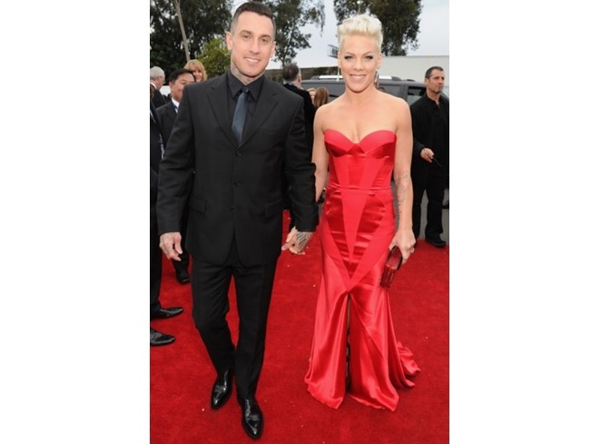 CAREY HART E PINK DE JOHANNA JOHNSON