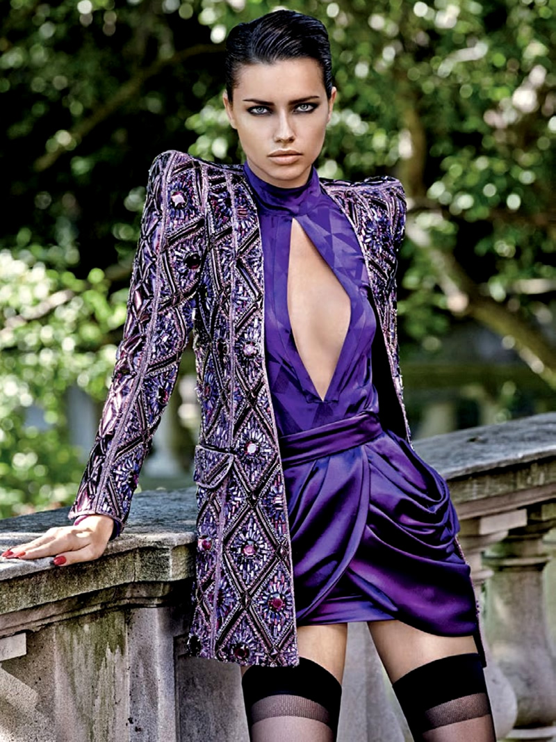 Adriana Lima em Editorial da Vogue Brasil