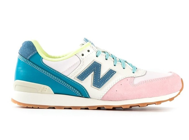 9- New Balance $490,00 - farfetch