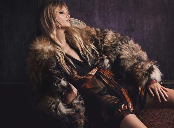 Natasha Poly para Vogue Alemanha de Outubro Fotos: Lango Henzie e Luigi Murenu