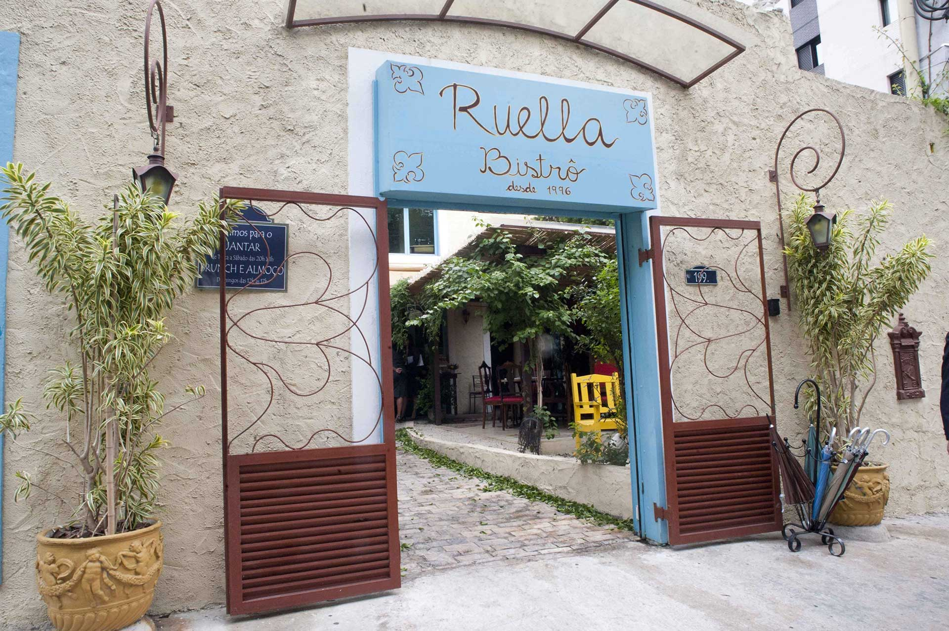 Ruella Pinheiros