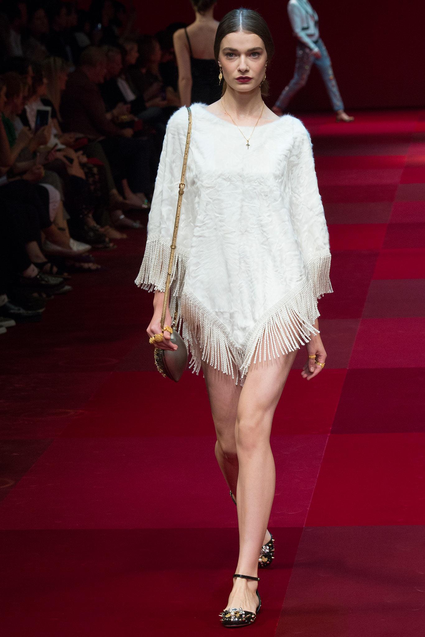 Dolce & Gabbana - Desfile Verão 2015 foto: style.com