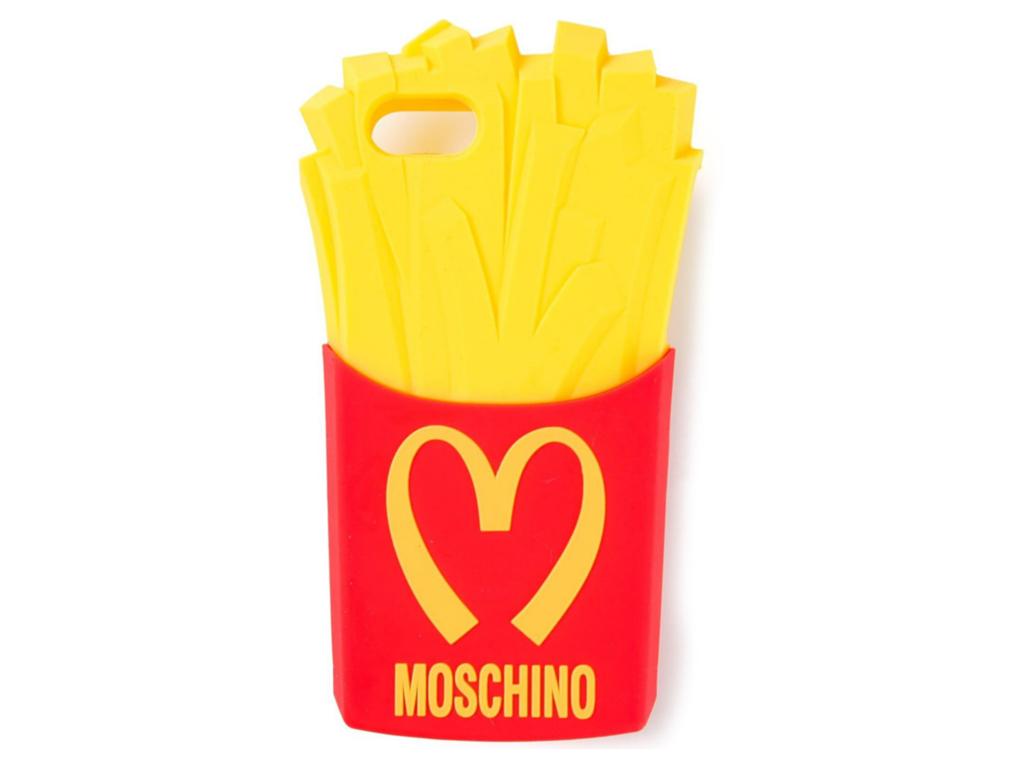14- Case de celular Moschino $260,00 ( aqui )