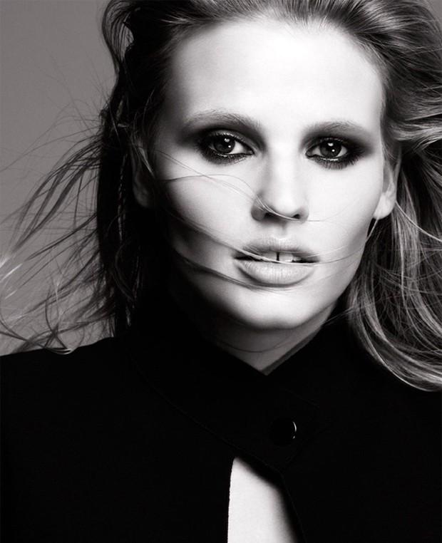 Lara Stone produzida para campanha da Loreal Paris imagem: divulgação