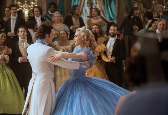 Cinderela - filme da Disney será lançado em Março de 2015 imagem: reprodução