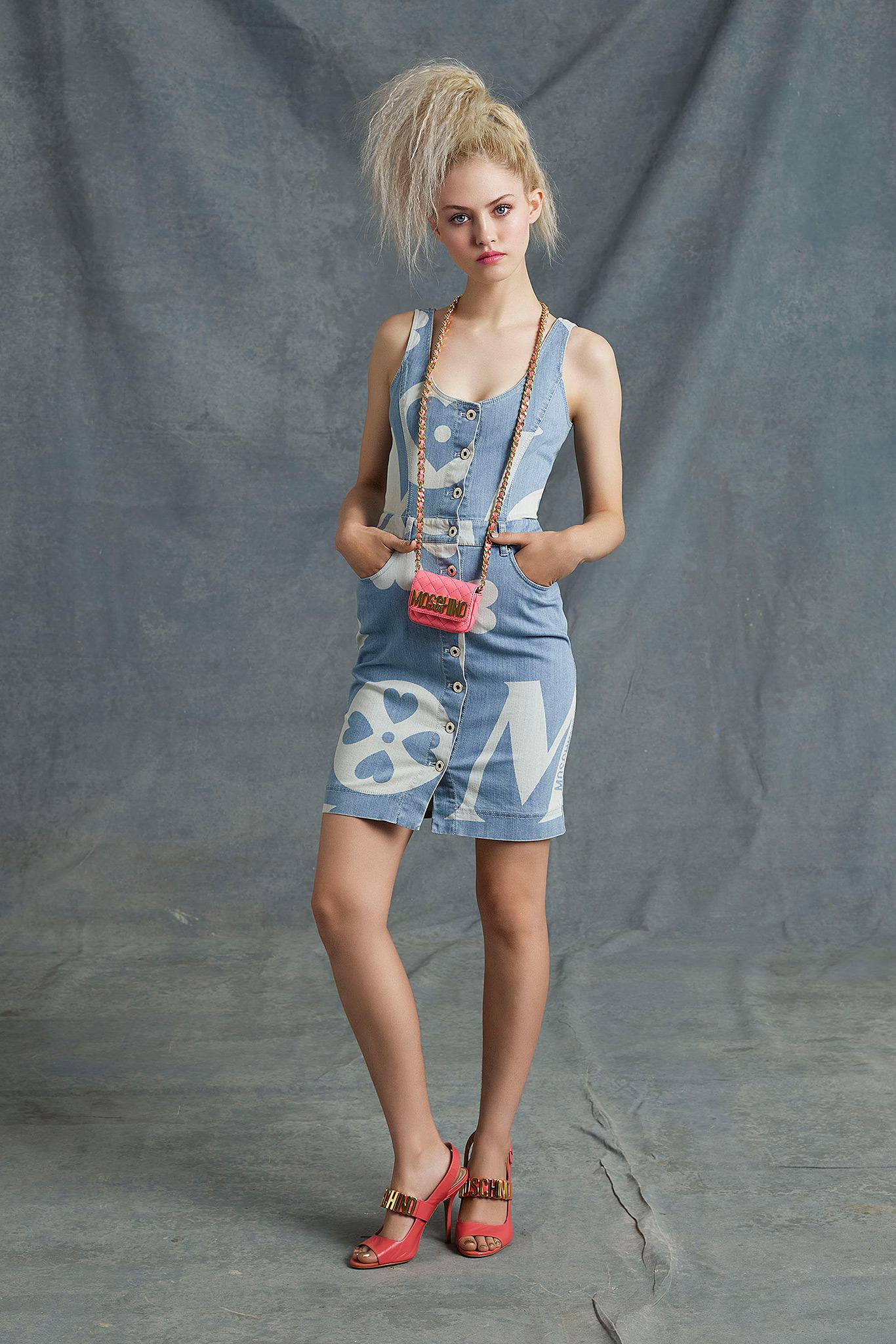 Moschino - Desfile Resort  2015 imagem: style.com