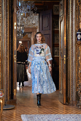 chanel-metiers-d-art-2014-15-paris-salzburg-looks-16