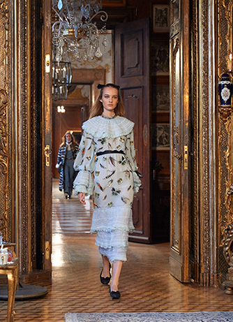 chanel-metiers-d-art-2014-15-paris-salzburg-looks-18