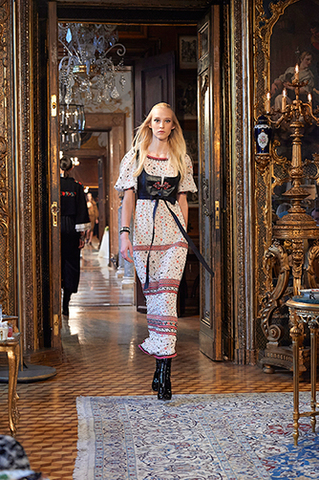 chanel-metiers-d-art-2014-15-paris-salzburg-looks-25