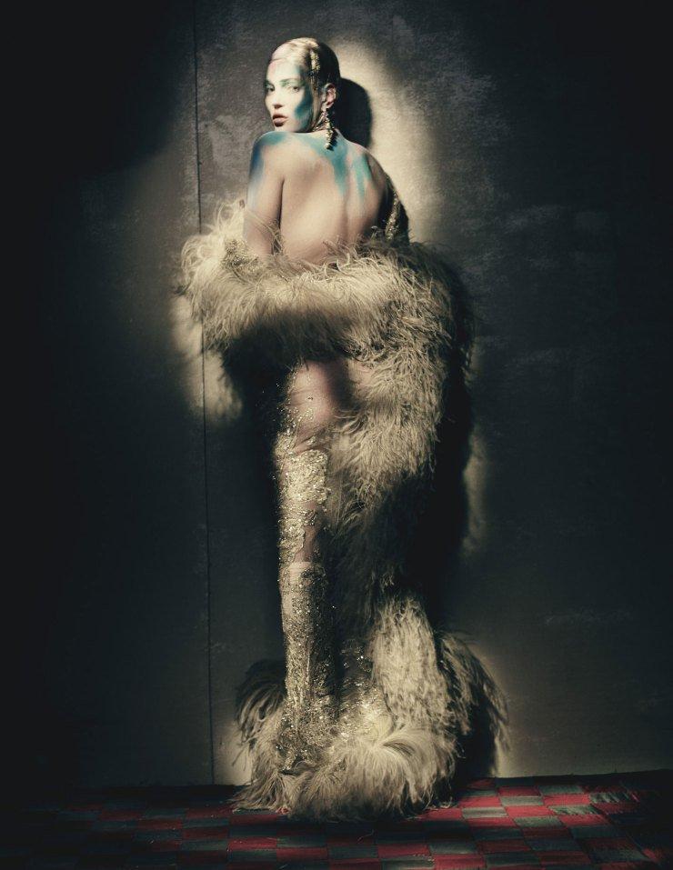 Kate Moss - W Magazine foto: Paolo Roversi