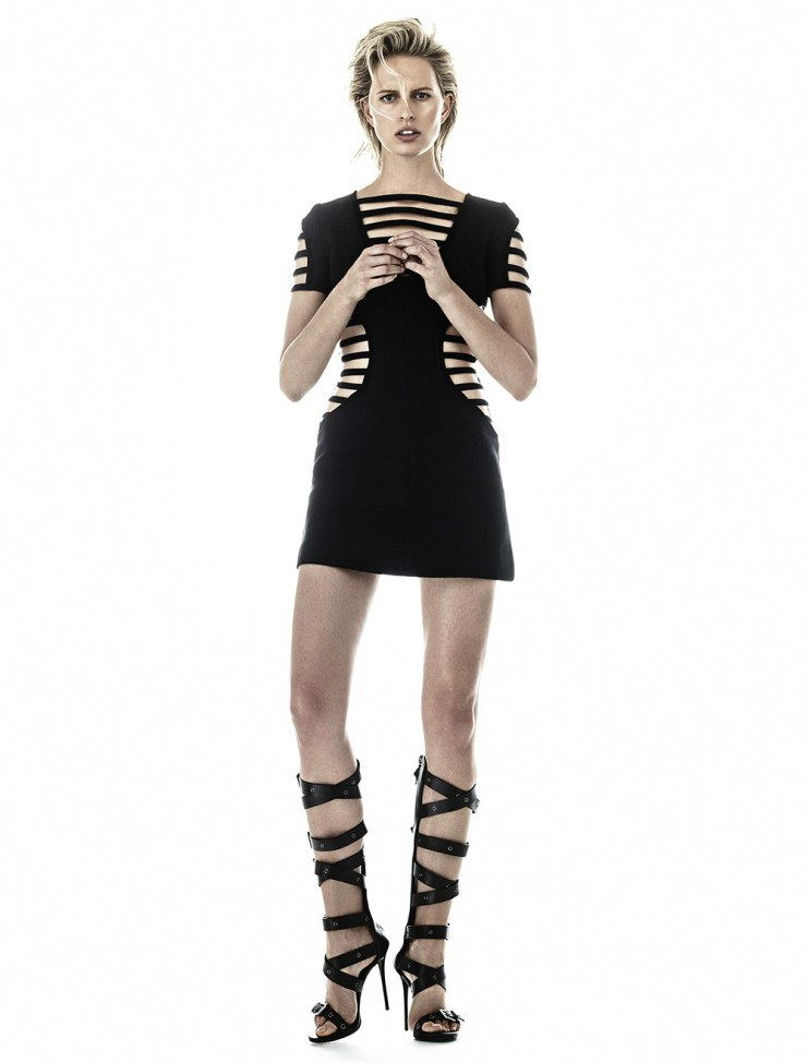 Karolina Kurkova - Sport Illustrated  foto: Hong Jang Hyun