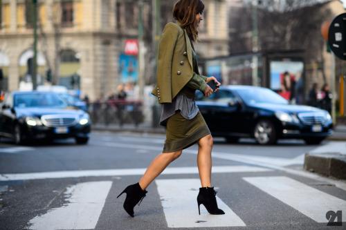Street style - o verde aparece em muitos looks imagem: via le21eme