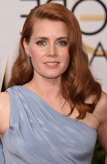 Cabelos de Diva - risca lateral e volume imagem: Getty Images / reprodução