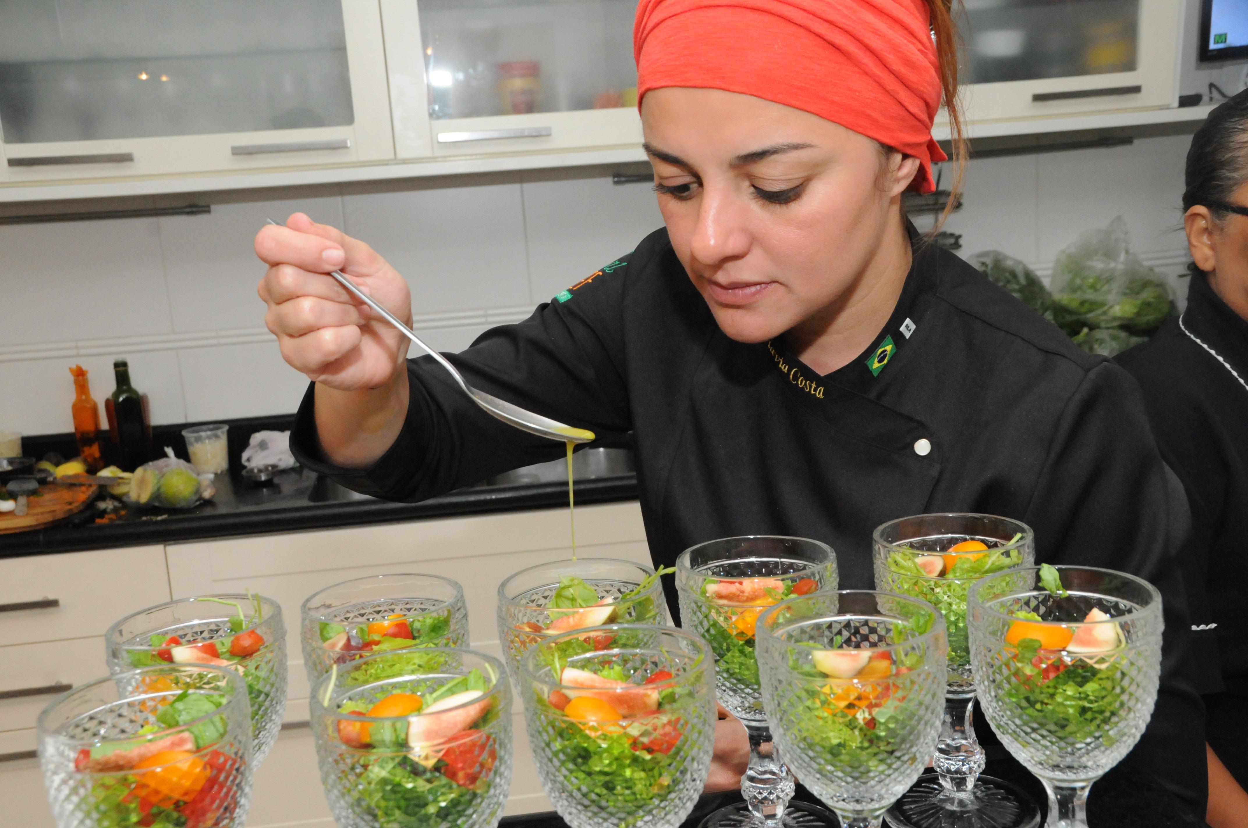 A chef Flavia Costa